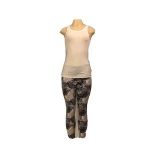 Honestee Sz L/XL Women Active Pants